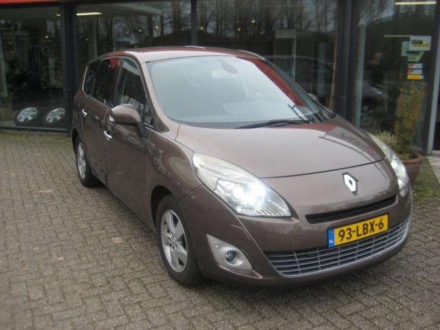 Renault-Grand Scenic